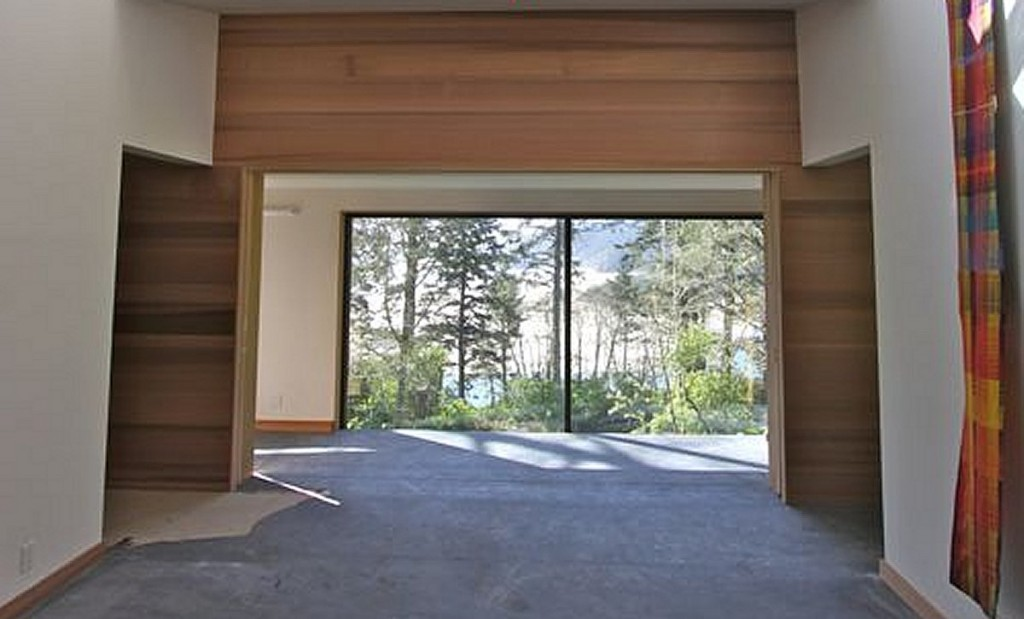 Insulated large sliding doors room dividers heat control cool