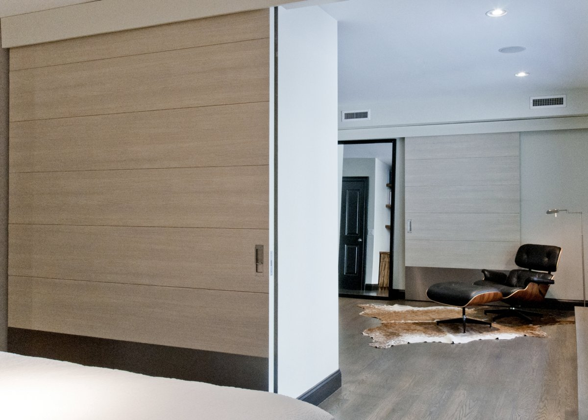 White oak large sliding doors new york ny contemporary for Sliding glass doors nyc
