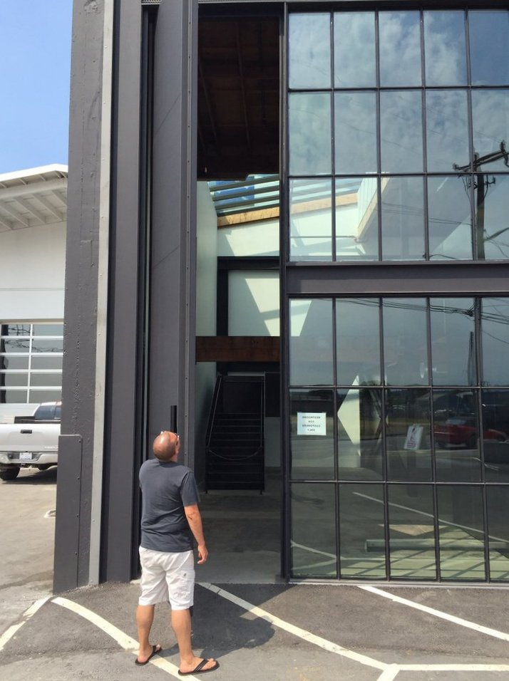 21 foot tall aluminum pivot door contemporary architecture for 4ft french doors exterior