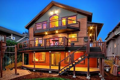 Eco Friendly House Using Sing Panels
